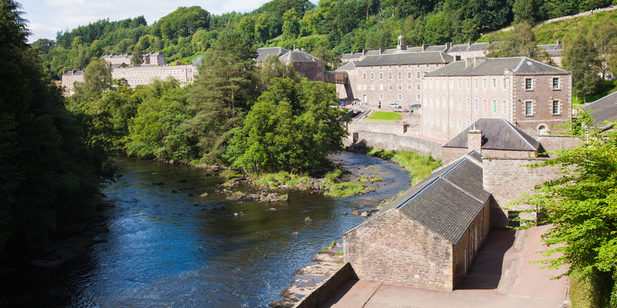 Self Catering Glasgow And Clyde Valley Embracescotland Uk