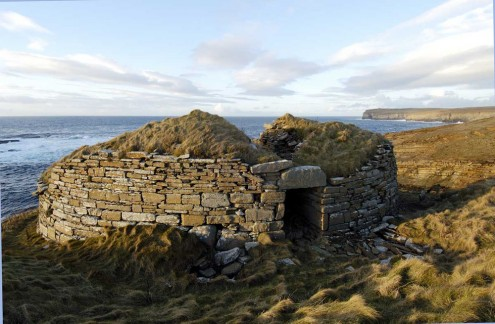 Broch of Borwick, Sandwick, Orkney. Photo credit: Charles Tait