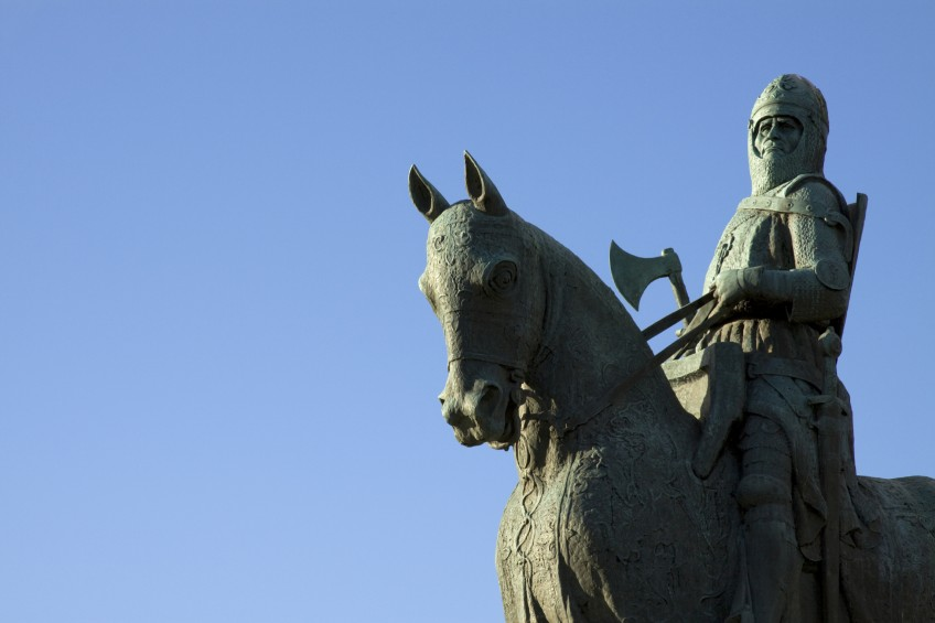 The statue of Robert the Bruce near Stirling