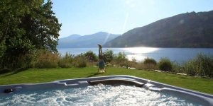 Cottages & Lodges with Hot Tubs - Embrace Scotland