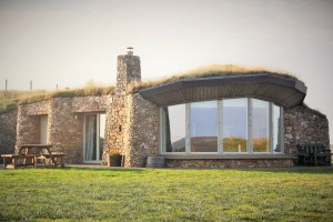 luxury, eco, lodge, Islay, Coillabus, turf roof